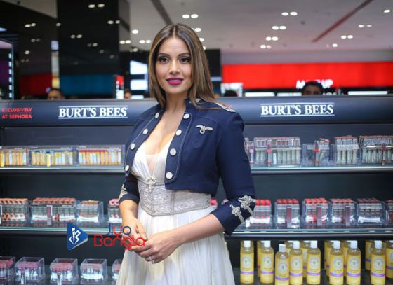 Bipasha Basu inaugurating the Sephora Brand outlet in South City Mall Kolkata
