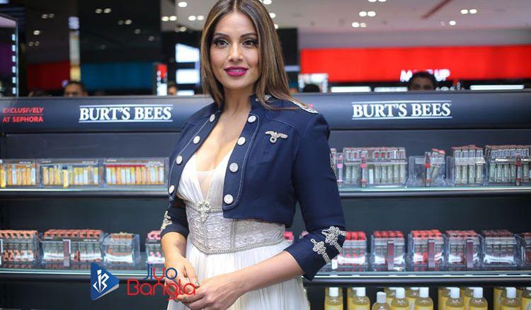 Bipasha Basu inaugurating the Sephora Brand outlet in South City Mall Kolkata