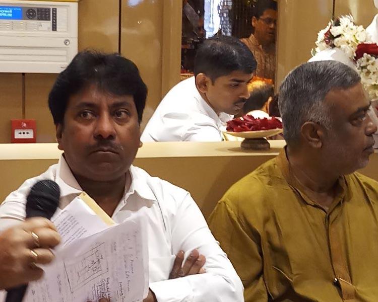 Ustad Rashid Khan at the inauguration ceremony of Shyam Sundar Co Jewelers new store