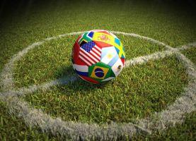 ফুটবল ইতিহাসের কিছু সেরা স্ট্রাইকার