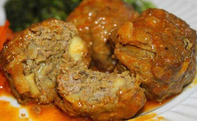 # Matschgand: A dish of minced meatballs cooked in spicy red gravy will totally make you drool.