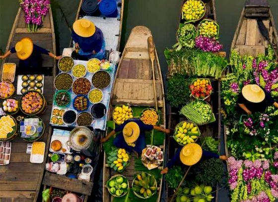 Floating Market: Hint of Thai in Kolkata city