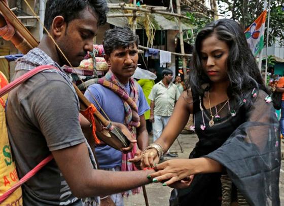 Sonagachi Sex Workers marked Raksha Bandhan Day