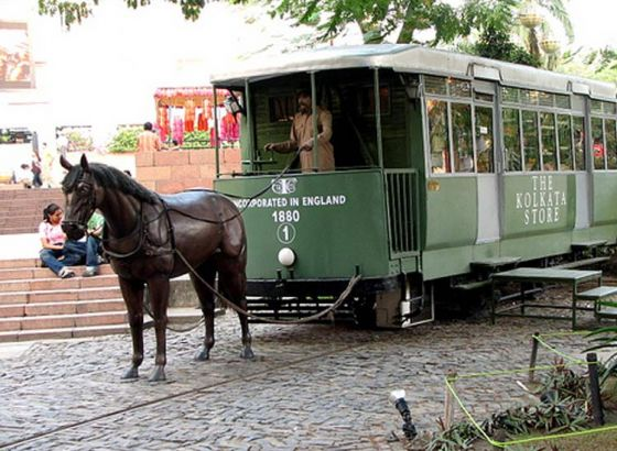 Where will you still find horse drawn trams in Kolkata?