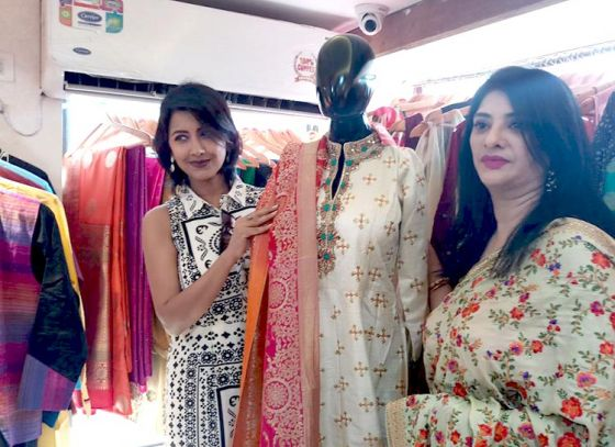 """Debasree Das launched her new outlet """"Debasree's"""" in Behala"""