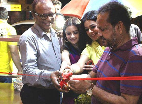 'Rolls of Royal' Celebrated Grand Opening on Akshay Tritiya