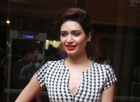 Karishma Tanna to be the new face for Nagin