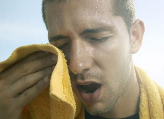 Super effective ways to reduce body heat during summer months
