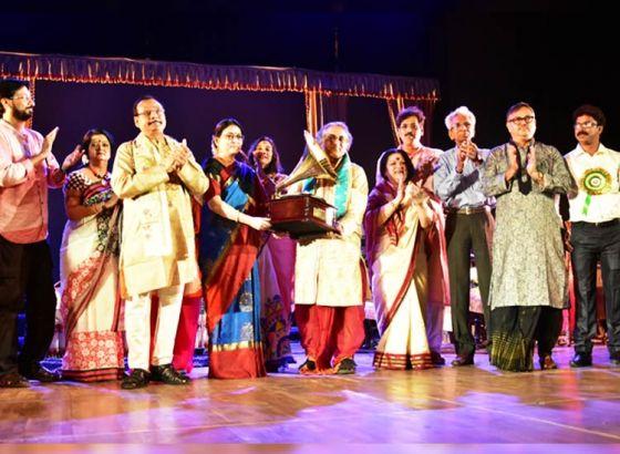 Kalyan Sen Barat Celebrates golden jubilee of his musical career