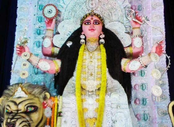 Chandannagar welcomes 'Maa Jagadhatri'