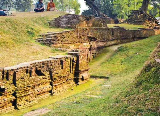 Chandraketugarh- A Site Filled With Historical Relics!