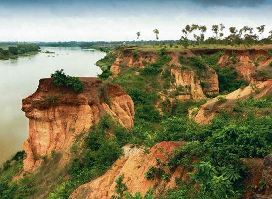 Gongoni Danga: Bengal's Grand Canyon