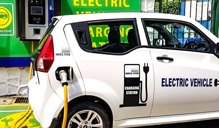 Charging points on Kolkata roads for electric vehicles soon