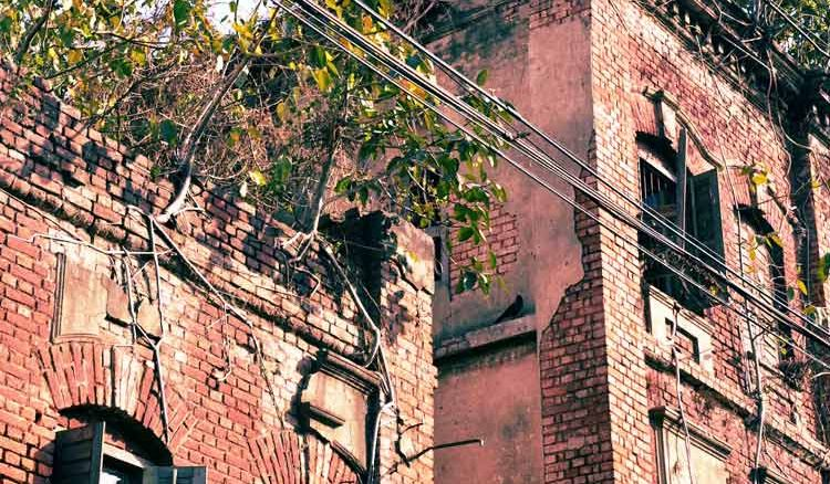 KMC sought list of unsafe buildings, ahead of monsoons