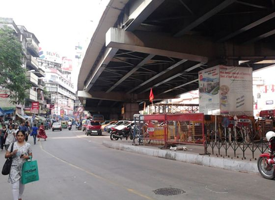 New flyover between Quest and Gariahat