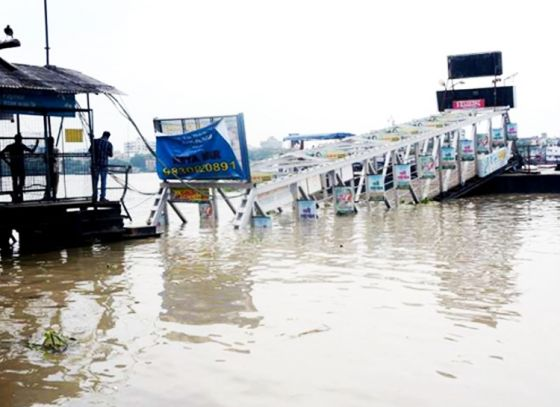 High tide causes Ahiritola jetty to collapse