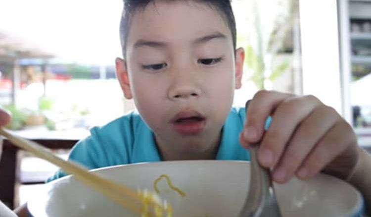 Instant noodles, a venom for Asian kids