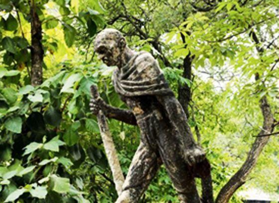 Visva Bharati to renovate Gandhiji's statue