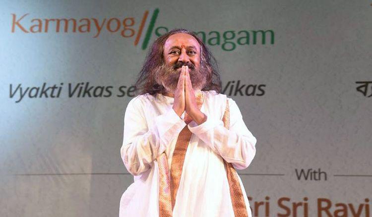 Sri Sri Ravi Shankar announces 'Vyakti Vikas se Rashtra Vikas'