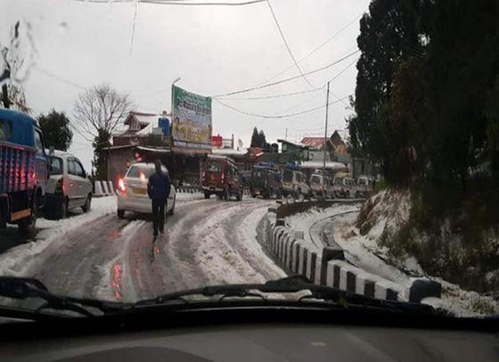 Heavy hailstorm in Siliguri & Tindharia