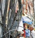 Mayor asks cable operators to remove defunct cables