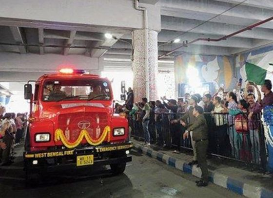 New fire fighting vehicles flagged off