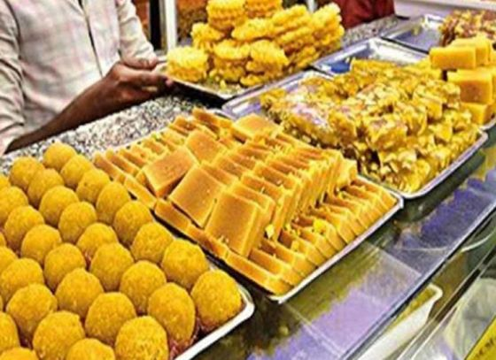Loose sweets to come with expiry and manufacturing dates